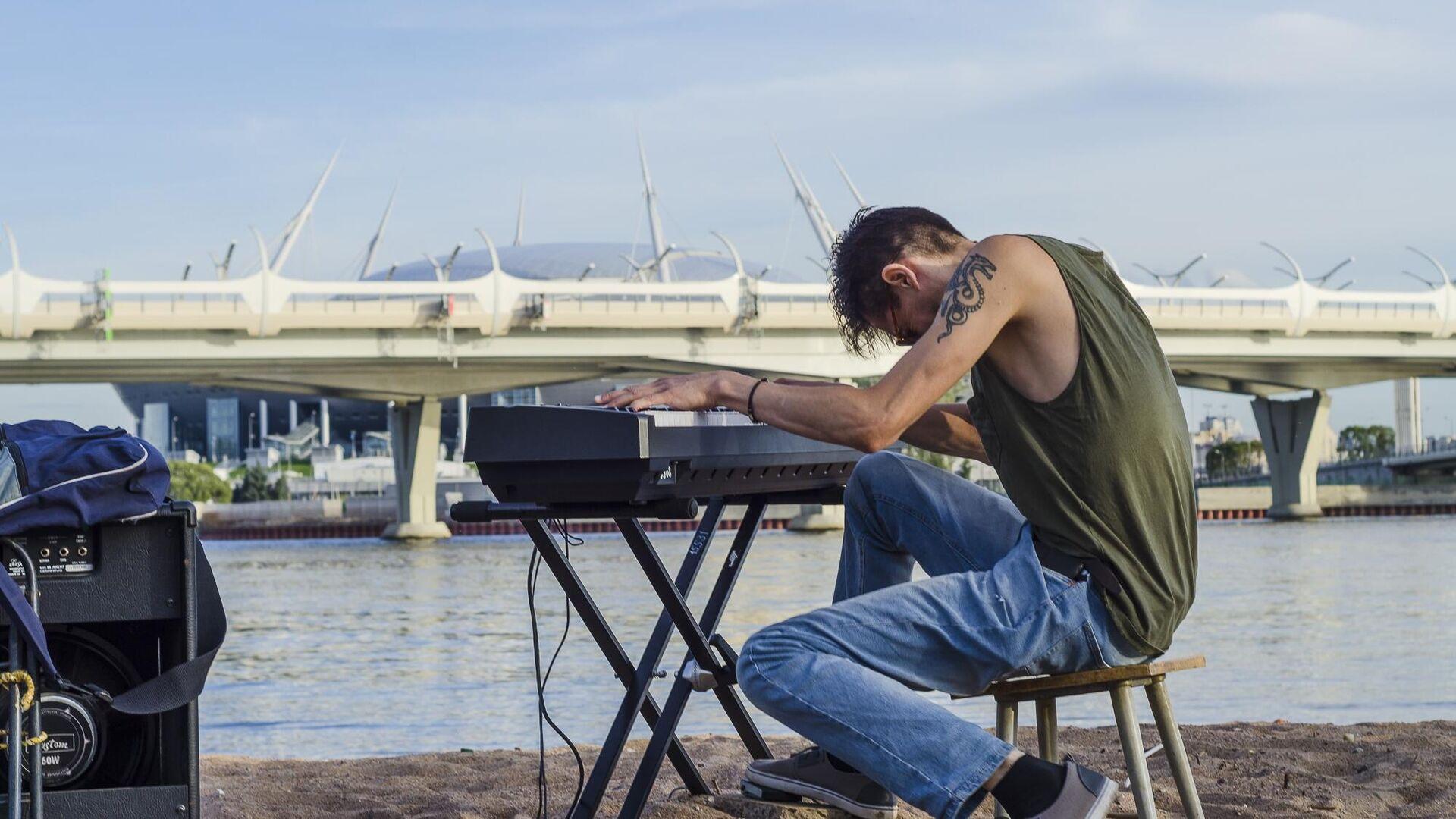 1577840227 0:200:2000:1325 1920x0 80 0 0 d08473801d38564ef9d9400c1232b22e - Пианист из Санкт-Петербурга установил мировой рекорд