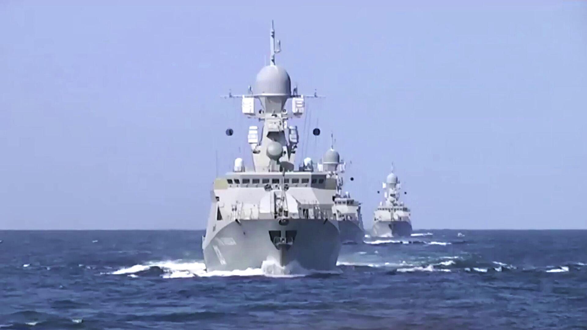 Корабли Каспийской флотилии произвели 26 пусков крылатых ракет морского базирования по позициям боевиков Исламского государства в Сирии - РИА Новости, 1920, 16.10.2020