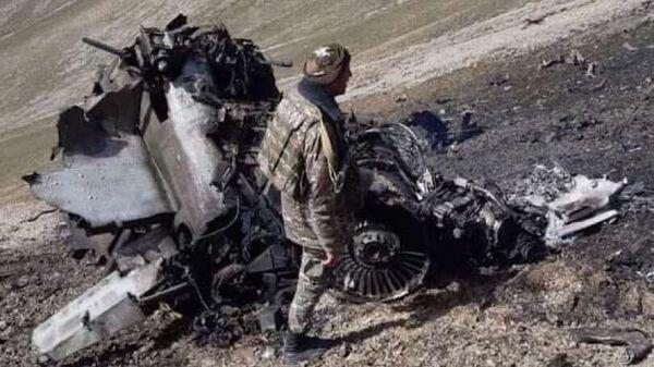 Фото сбитого истребителя Су-25 Армении