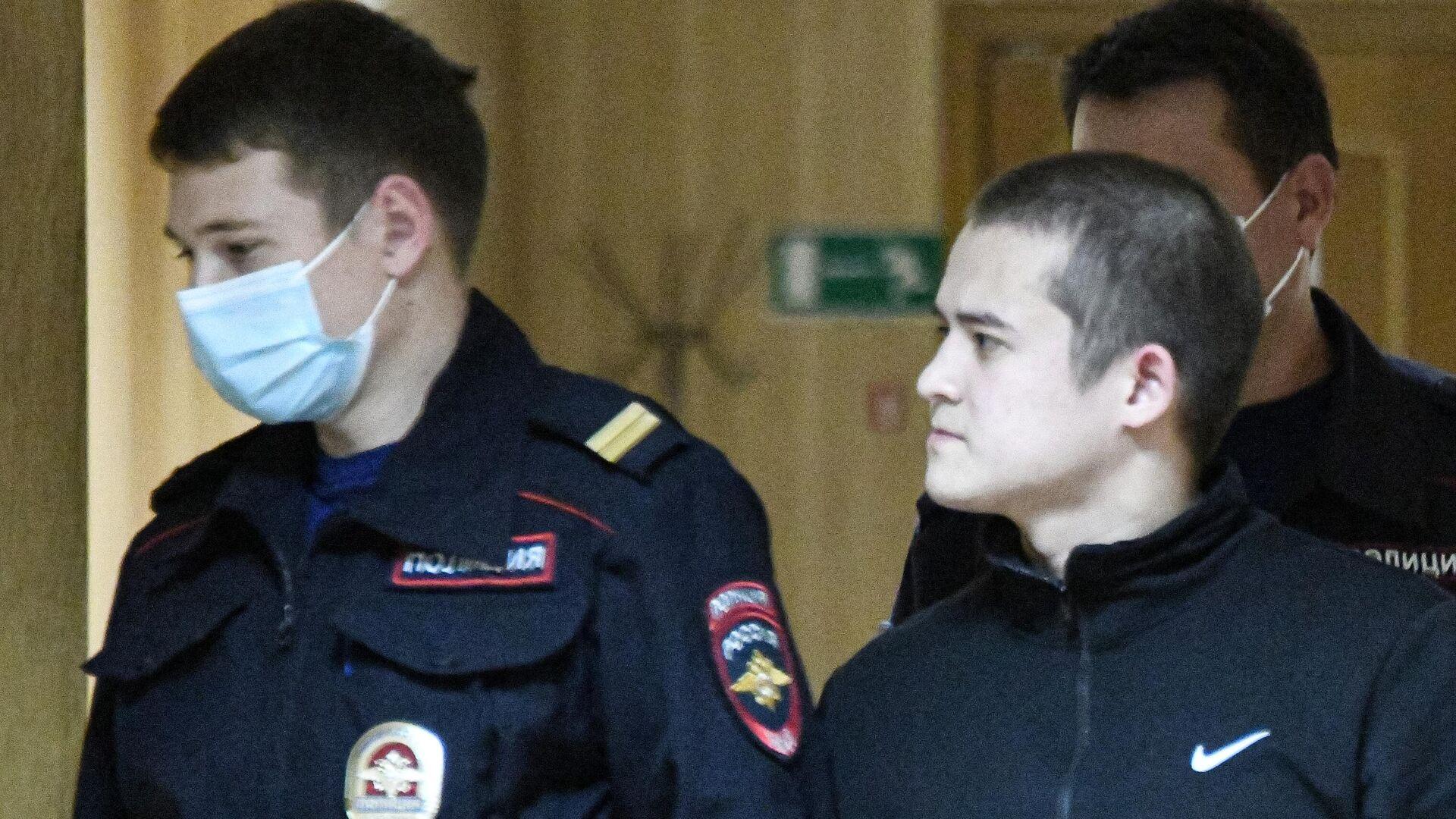 Адвокат рассказал о состоянии устроившего стрельбу срочника Шамсутдинова -  РИА Новости, 29.10.2020