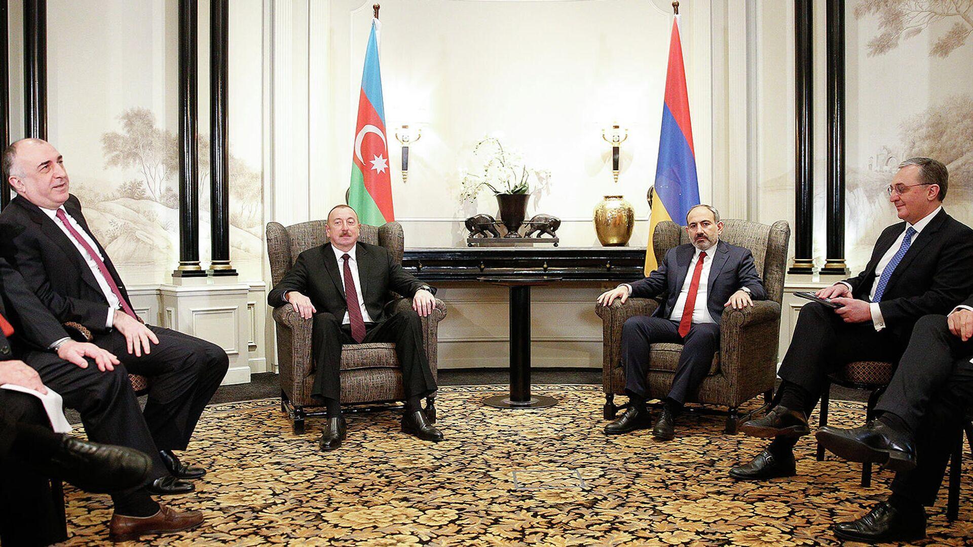 Ильхам Алиев и Никол Пашинян дали интервью РИА Новости - РИА Новости,  15.10.2020
