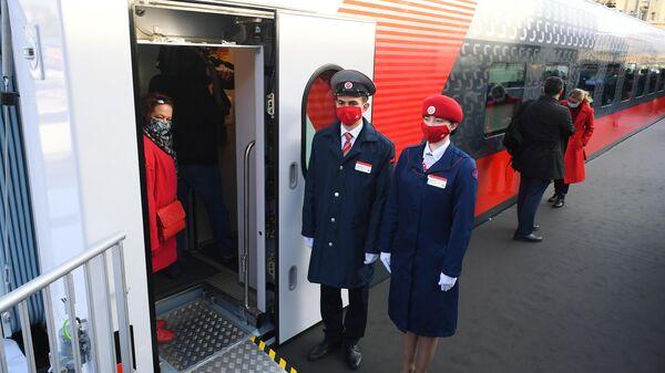 Павильон с макетом нового плацкартного вагона для поездов дальнего следования