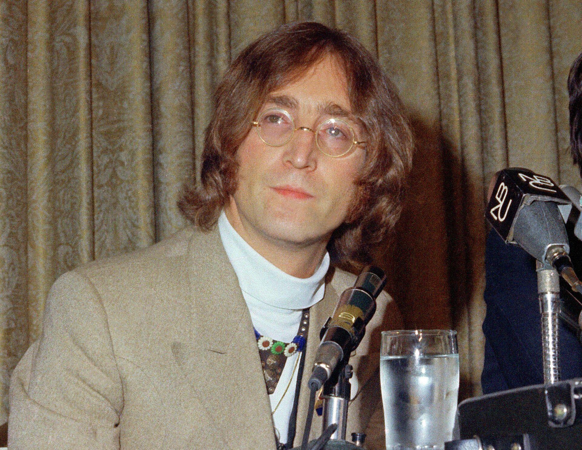 Джон Леннон - РИА Новости, 1920, 24.11.2020