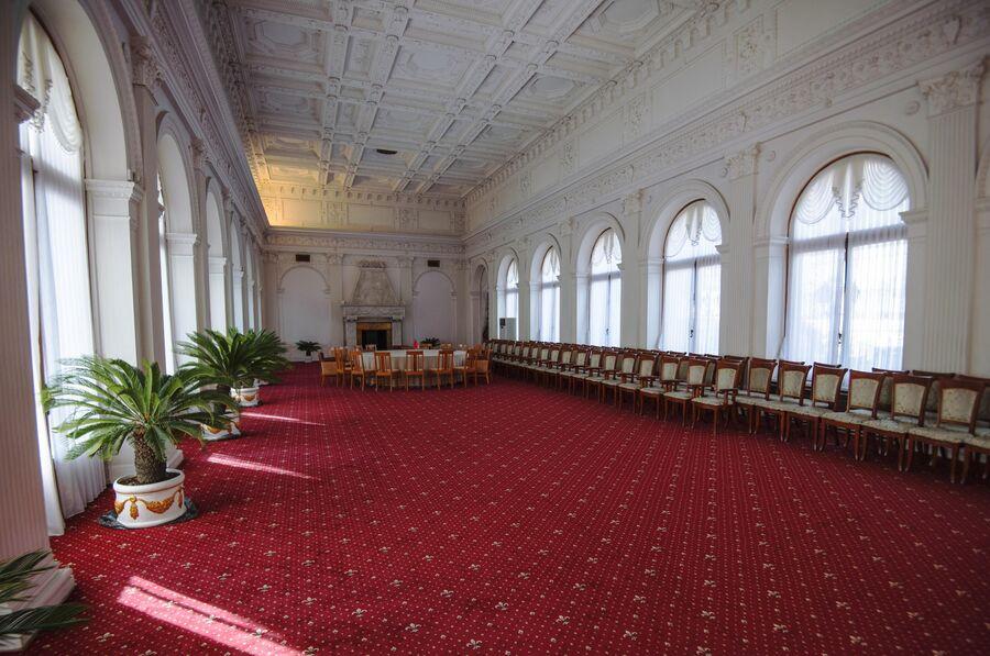 Белый зал Ливадийского дворца
