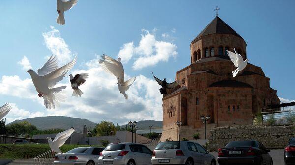 Собор Покрова Святой Божьей Матери в Степанакерте