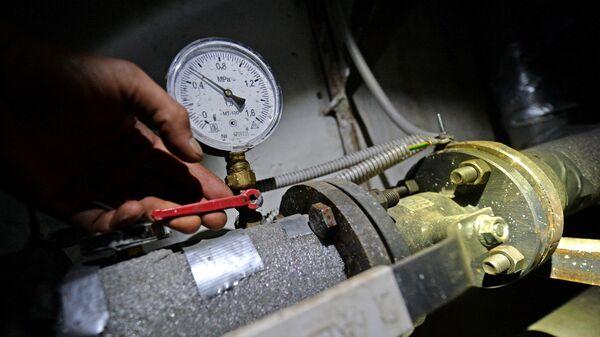 Запуск отопления в тепловом узле подвала жилого дома