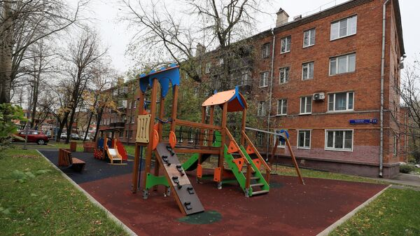 Детская площадка в районе Капотня в Москве