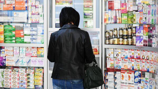 Голикова призвала снизить зависимость от импорта лекарств