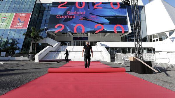 Перед открытием Канского кинофестиваля. 27 октября 2020