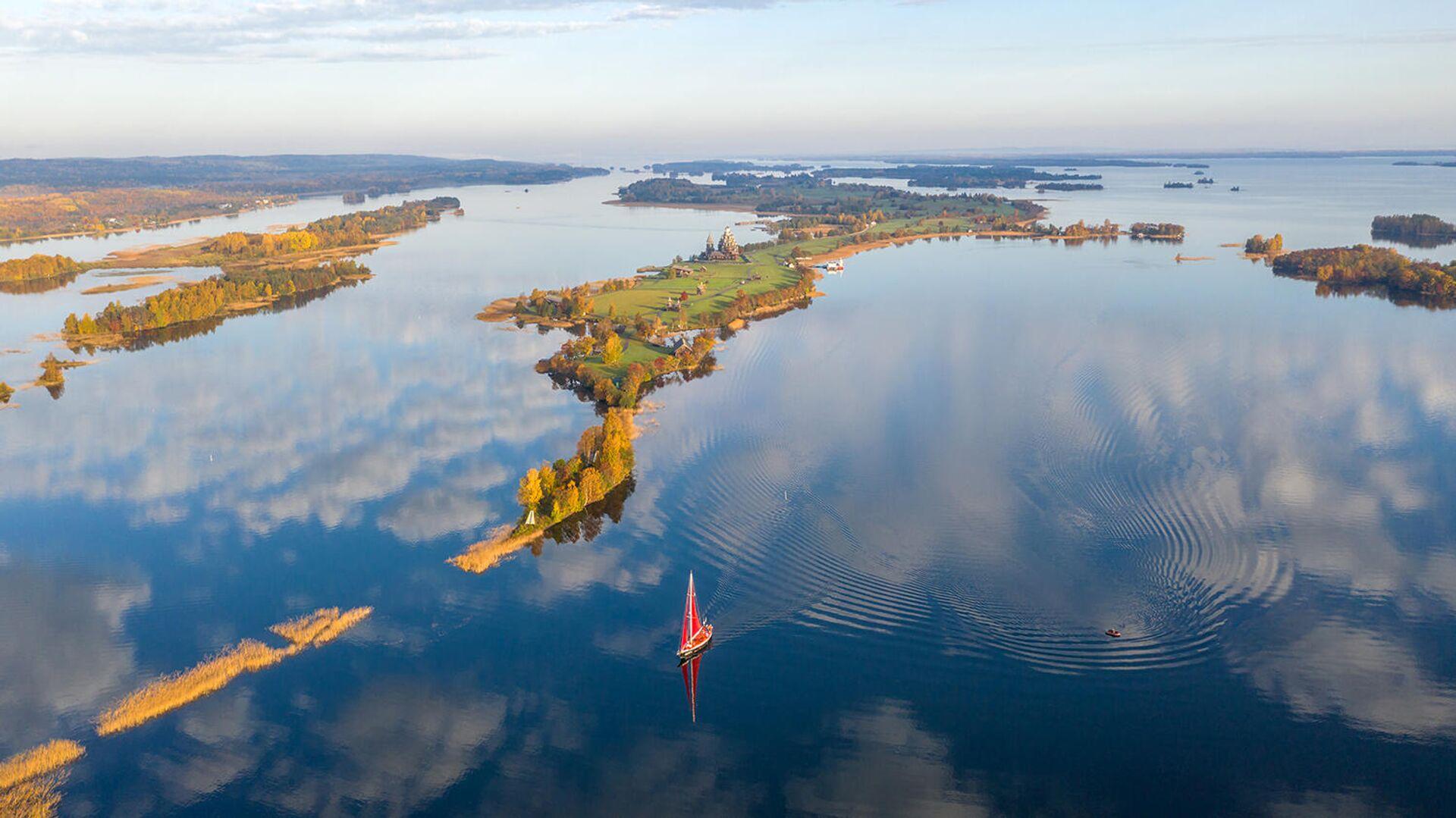 Вид на Онежское озеро - РИА Новости, 1920, 02.11.2020