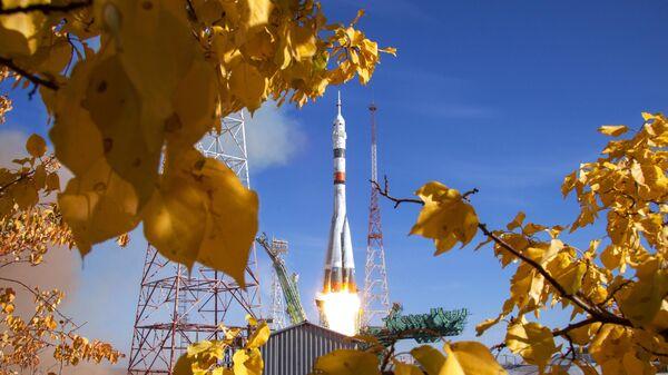 Ракета-носитель Союз-2.1а с транспортным пилотируемым кораблем Союз МС-17 во время запуска со стартовой площадки №31 космодрома Байконур
