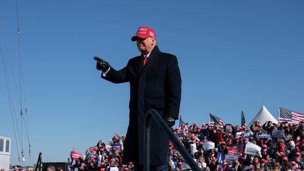 Президент США Дональд Трамп во время предвыборной кампании