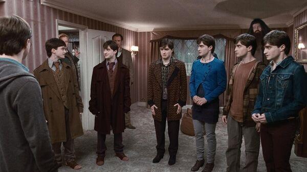 Кадр из фильма Гарри Поттер и Дары Смерти: Часть I