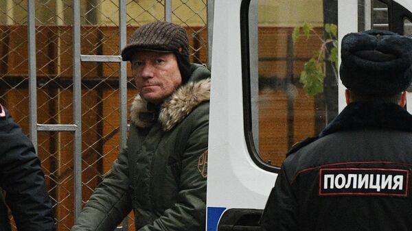 Заместитель председателя правительства Московской области Дмитрий Куракин доставлен в Басманный суд Москвы