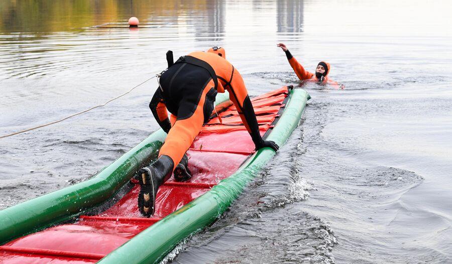 Подготовка водных спасателей к зиме