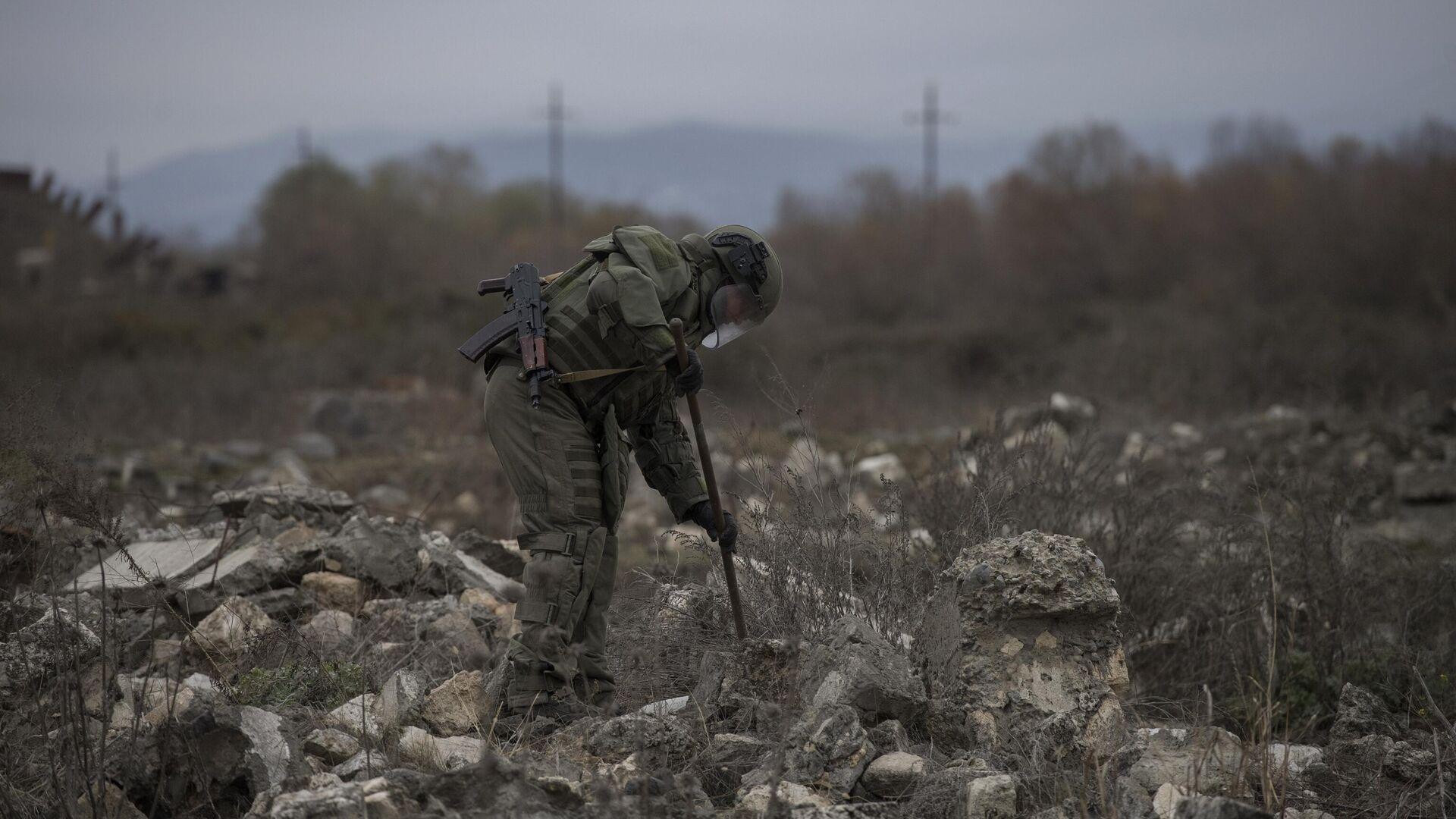 Миротворцы завершают разминирование северной окраины Степанакерта