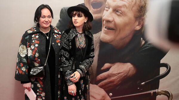 Актриса и телеведущая Лариса Гузеева с дочерью Ольгой Бухарово