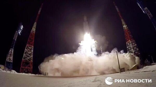 Запуск ракеты Ангара-А5. Кадр видео
