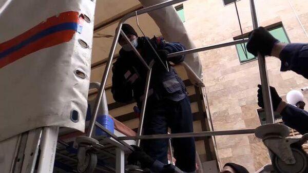Медпомощь, транспорт и жилье: МЧС месяц работает в Нагорном Карабахе