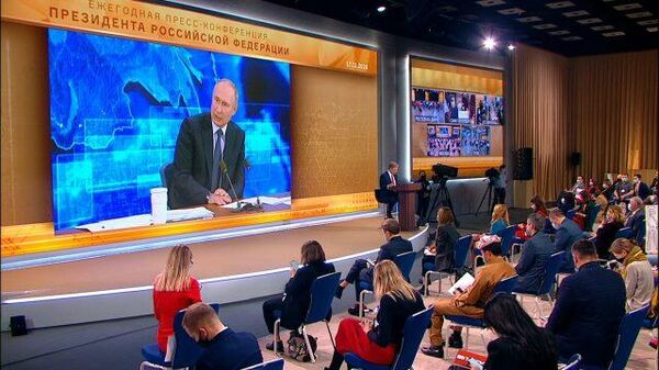 Путин: Во всех мировых религиях нет намека на агрессию