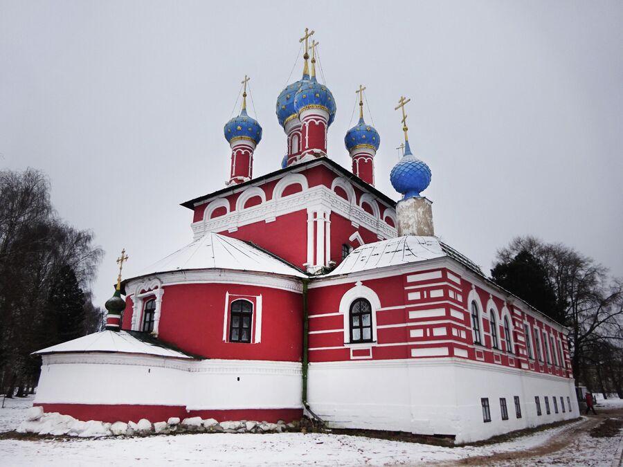 Церковь Димитрия на крови в кремле