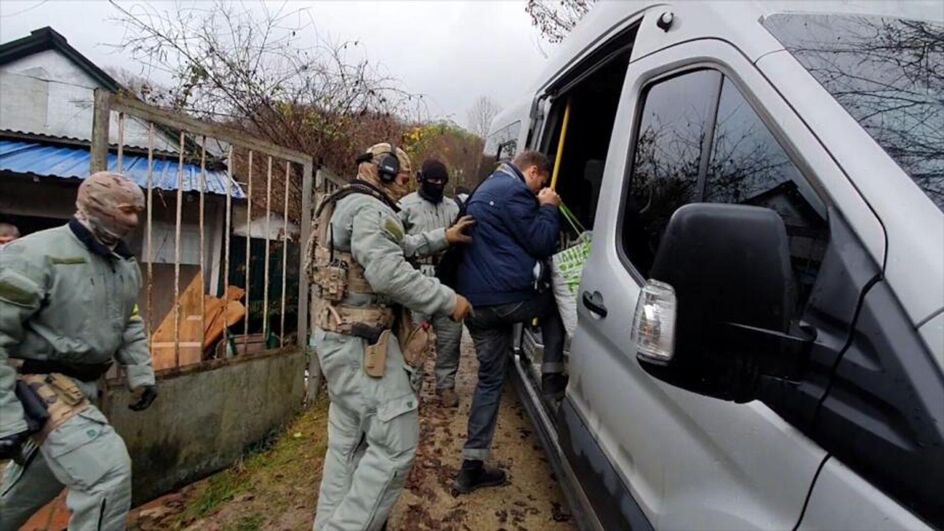 """Суд арестовал еще пятерых националистов, связанных с """"Тесаком"""""""