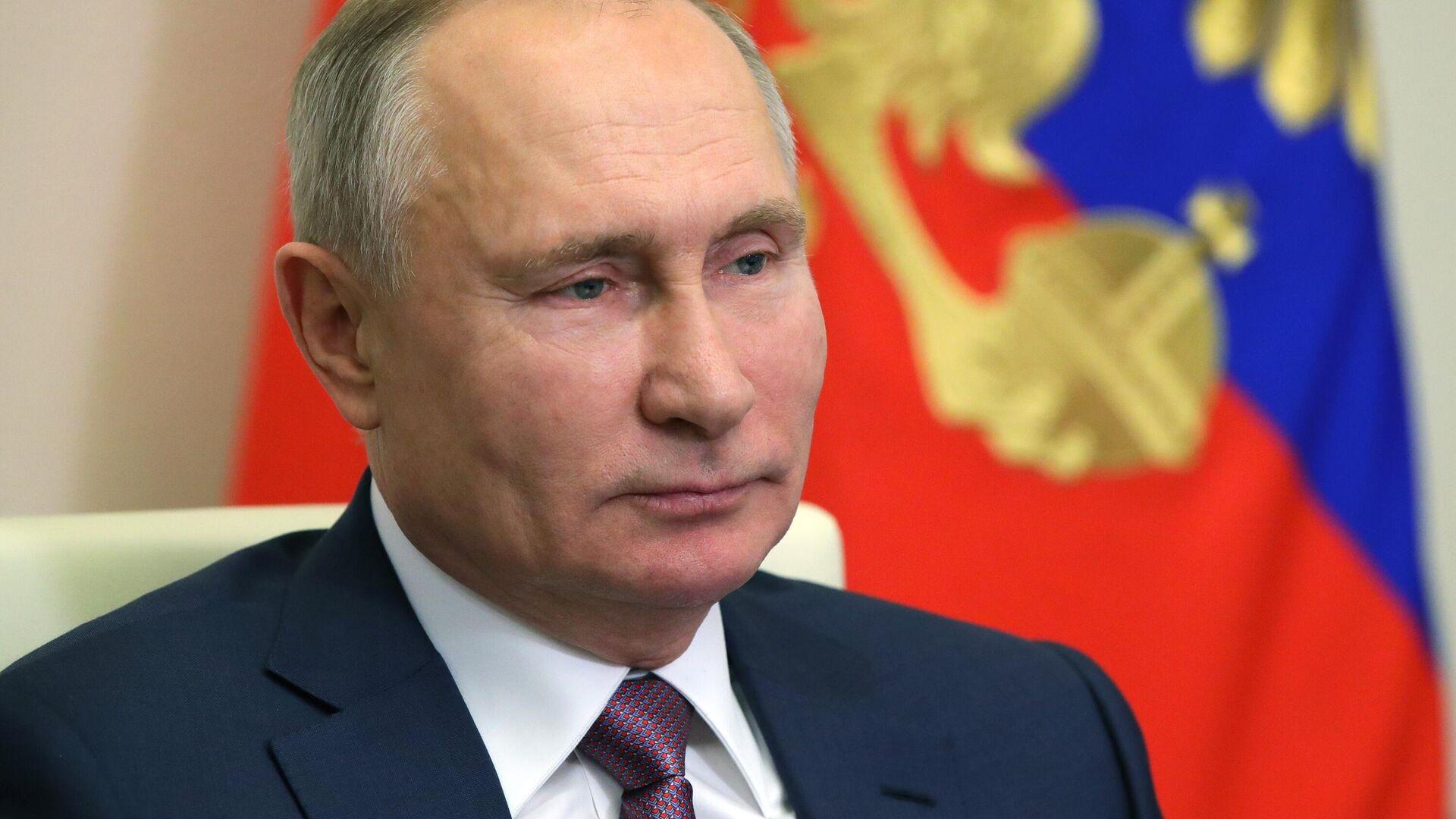 """Песков рассказал об """"иммунитете"""" Путина на атаки"""