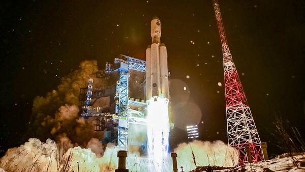 Пуск ракеты-носителя тяжелого класса Ангара-А5 с космодрома Плесецк