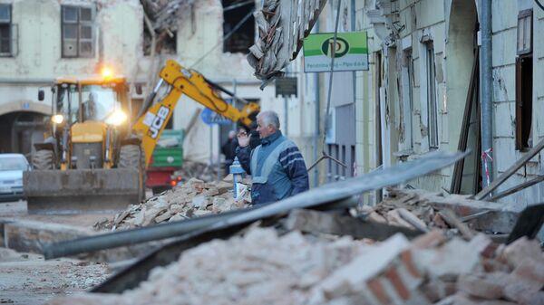 Здание, поврежденное в результате землетрясения в  Хорватии