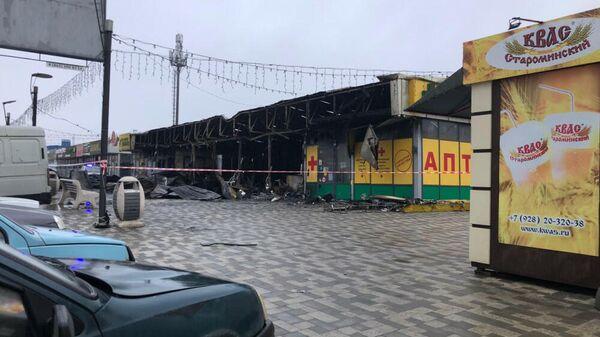 На месте пожара в микрорайоне Левенцовка в Ростове-на-Дону