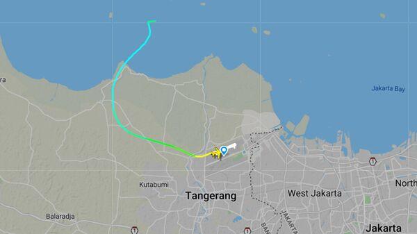 Маршрут рейса SJ182, с которым потеряна связь, на Flightradar