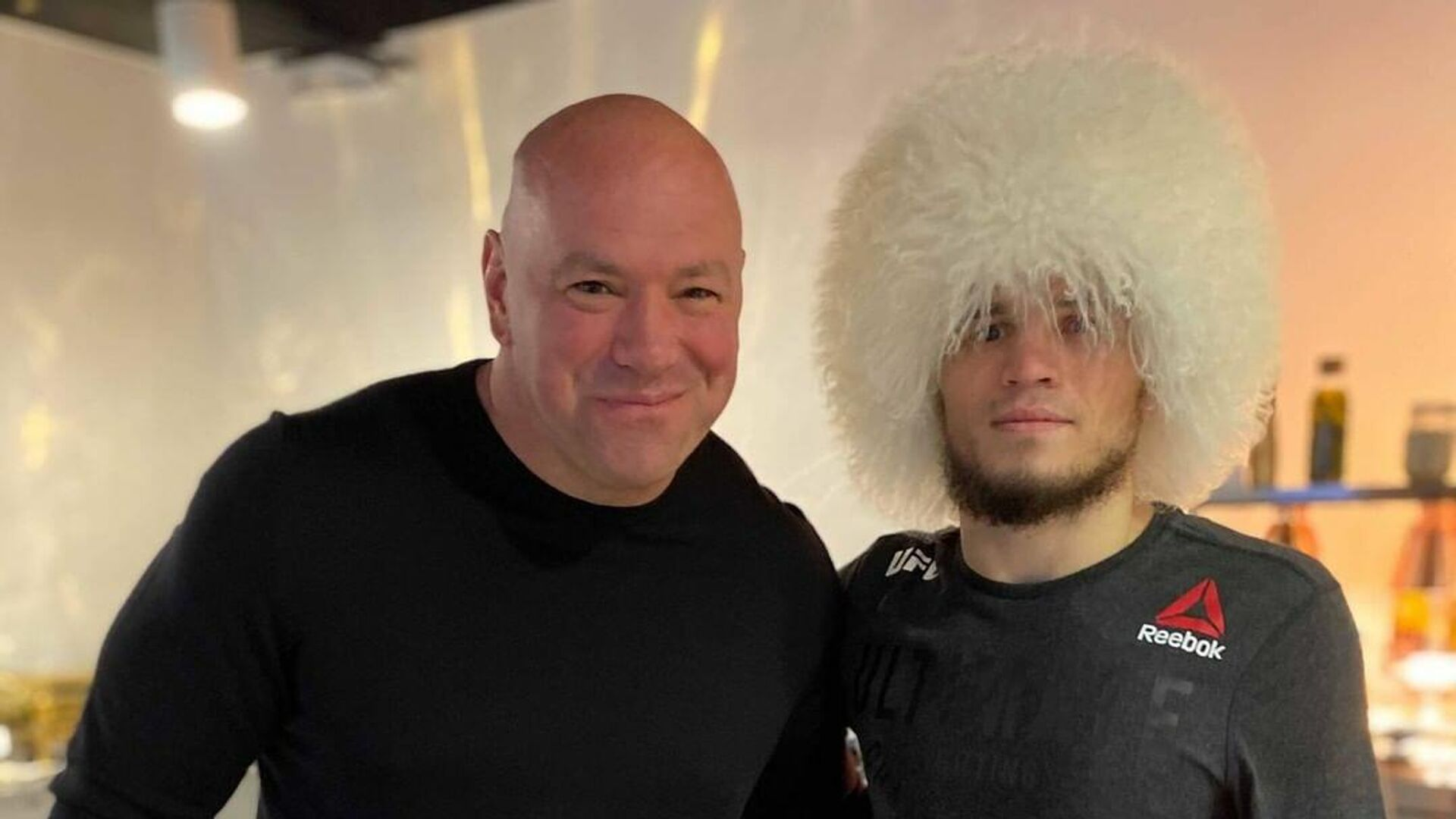 Глава UFC Дэйна Уайт (слева) и Умар Нурмагомедов - РИА Новости, 1920, 21.01.2021