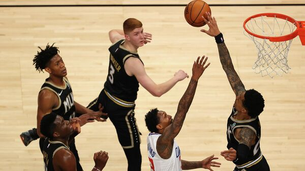 Игровой момент матча НБА Атланта - Лос-Анджелес Клипперс
