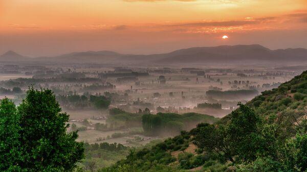 Восход солнца в Колтауко, регион О 'Хиггинс, Чили, Южная Америка