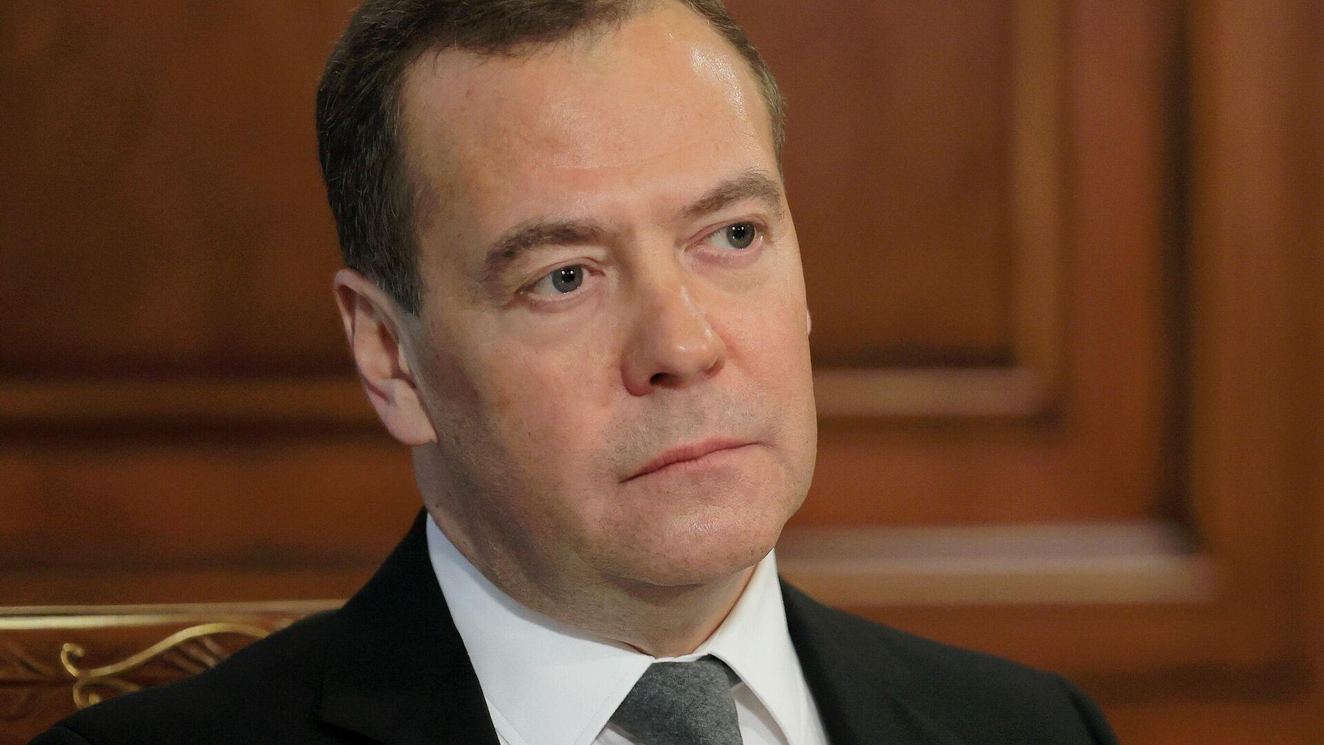 Заместитель председателя Совета безопасности РФ Дмитрий Медведев - РИА Новости, 1920, 03.02.2021