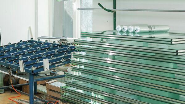 Листовое стекло на заводе