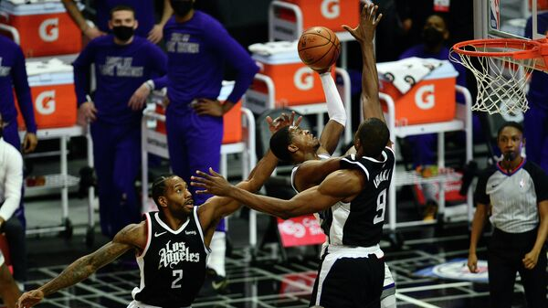 Игровой момент матча НБА Сакраменто - Лос-Анджелес Клипперс
