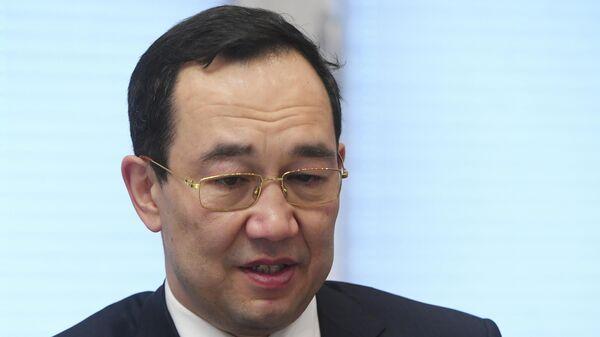 Глава Якутии Айсен Николаев во время интервью РИА Новости