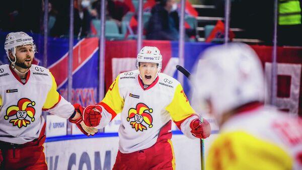 Хоккеисты Йокерита в матче КХЛ