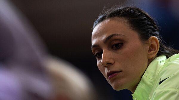Мария Ласицкене во время соревнований по прыжкам в высоту на чемпионате России по легкой атлетике в помещении в Москве.
