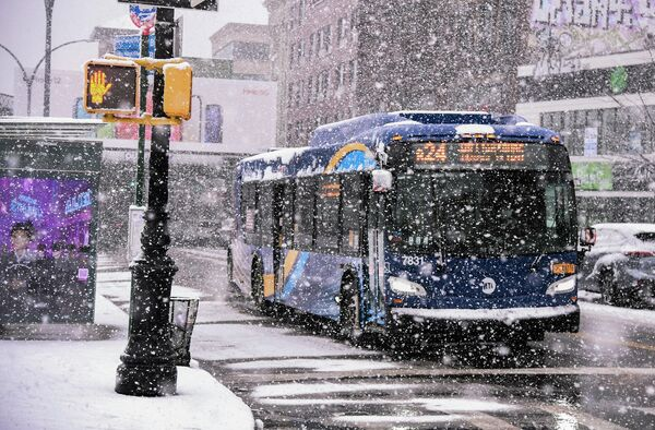 Снежный шторм в Нью-Йорке