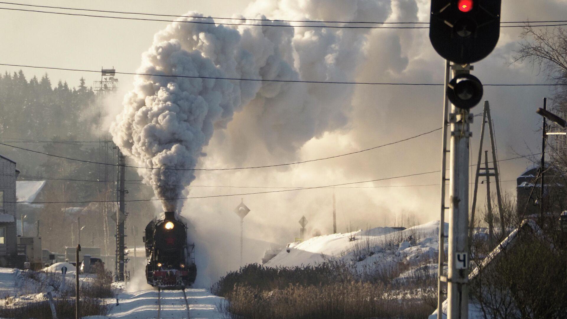 Ретро-поезд отправляется со станции Сортавала, Карелия  - РИА Новости, 1920, 04.05.2021