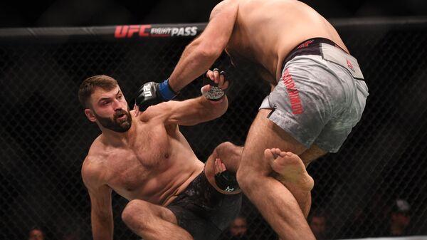Имавов и Орловский проиграли бои на турнире UFC