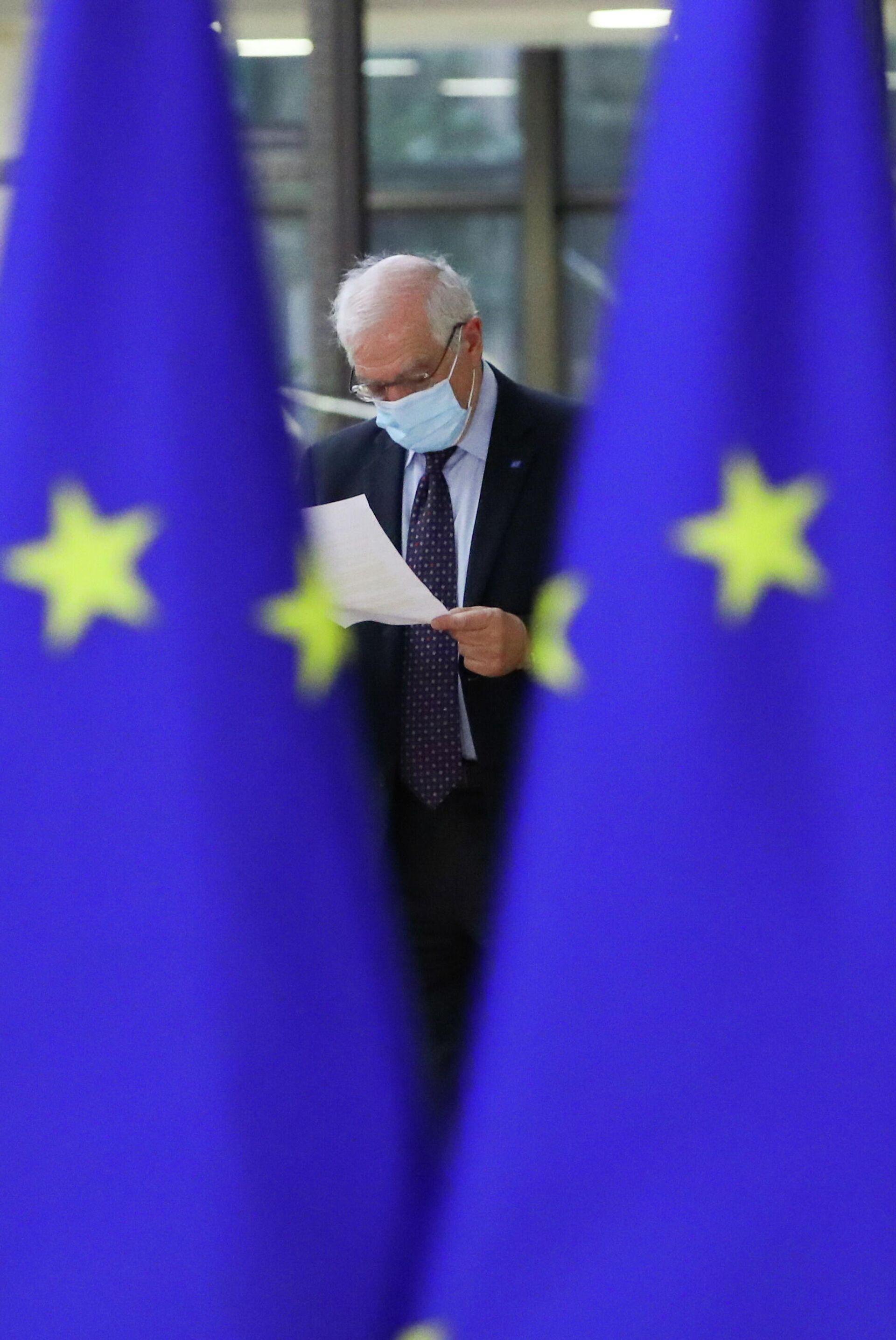 Верховный представитель Евросоюза по иностранным делам и политике безопасности Жозеп Боррель перед началом встречи министров иностранных дел ЕС в Брюсселе - РИА Новости, 1920, 24.02.2021
