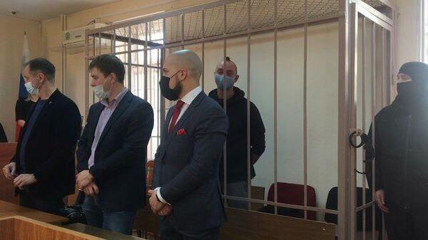 Ивану Сафронову продлили арест на два месяца. Кадры из зала суда
