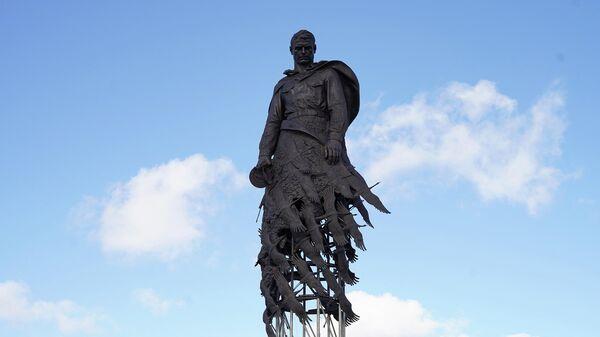 Годовщину освобождения Ржева от гитлеровцев впервые отметили у мемориала