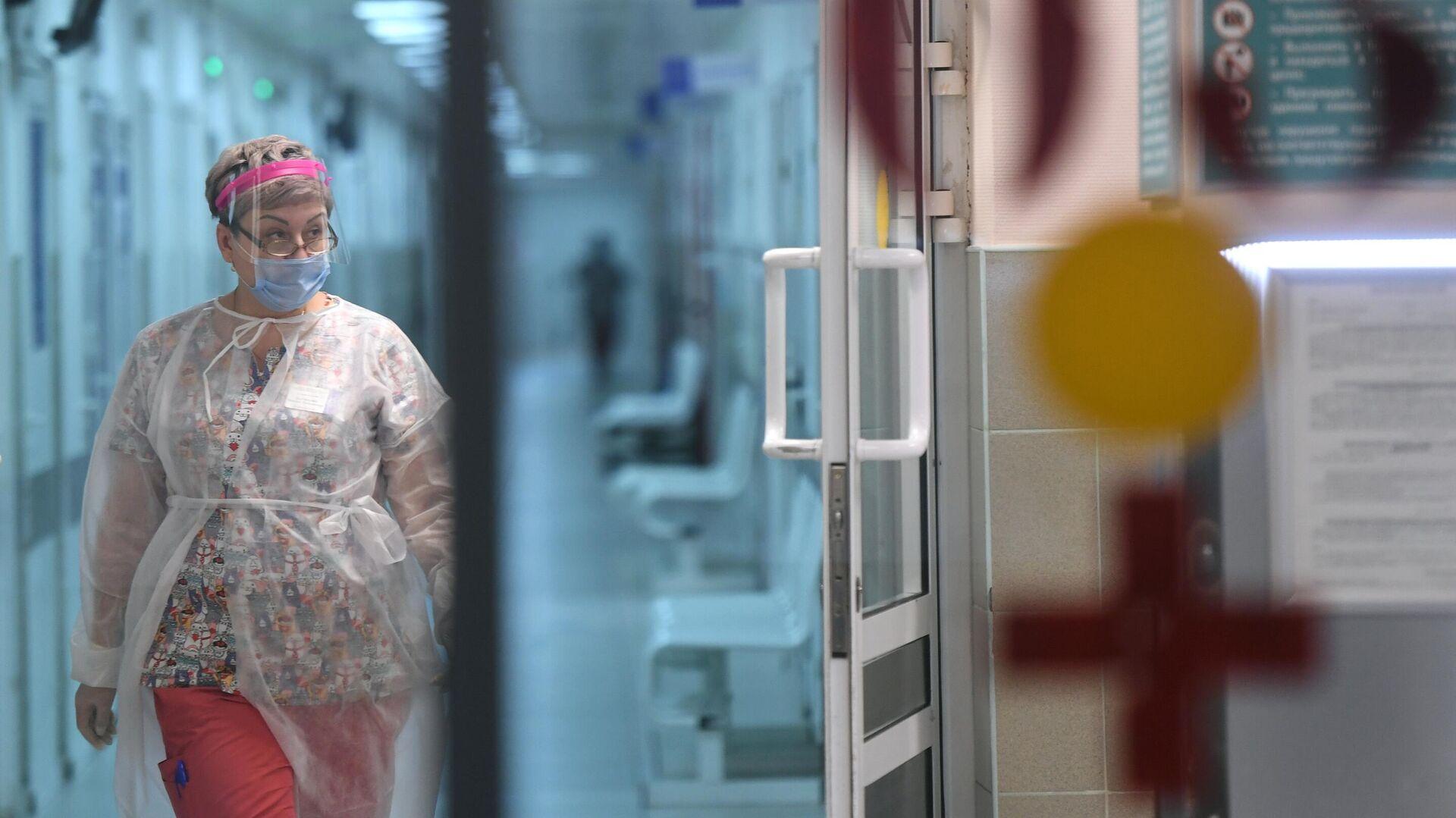 Медицинский работник в городской клинической больнице №15 имени О.М. Филатова - РИА Новости, 1920, 05.03.2021