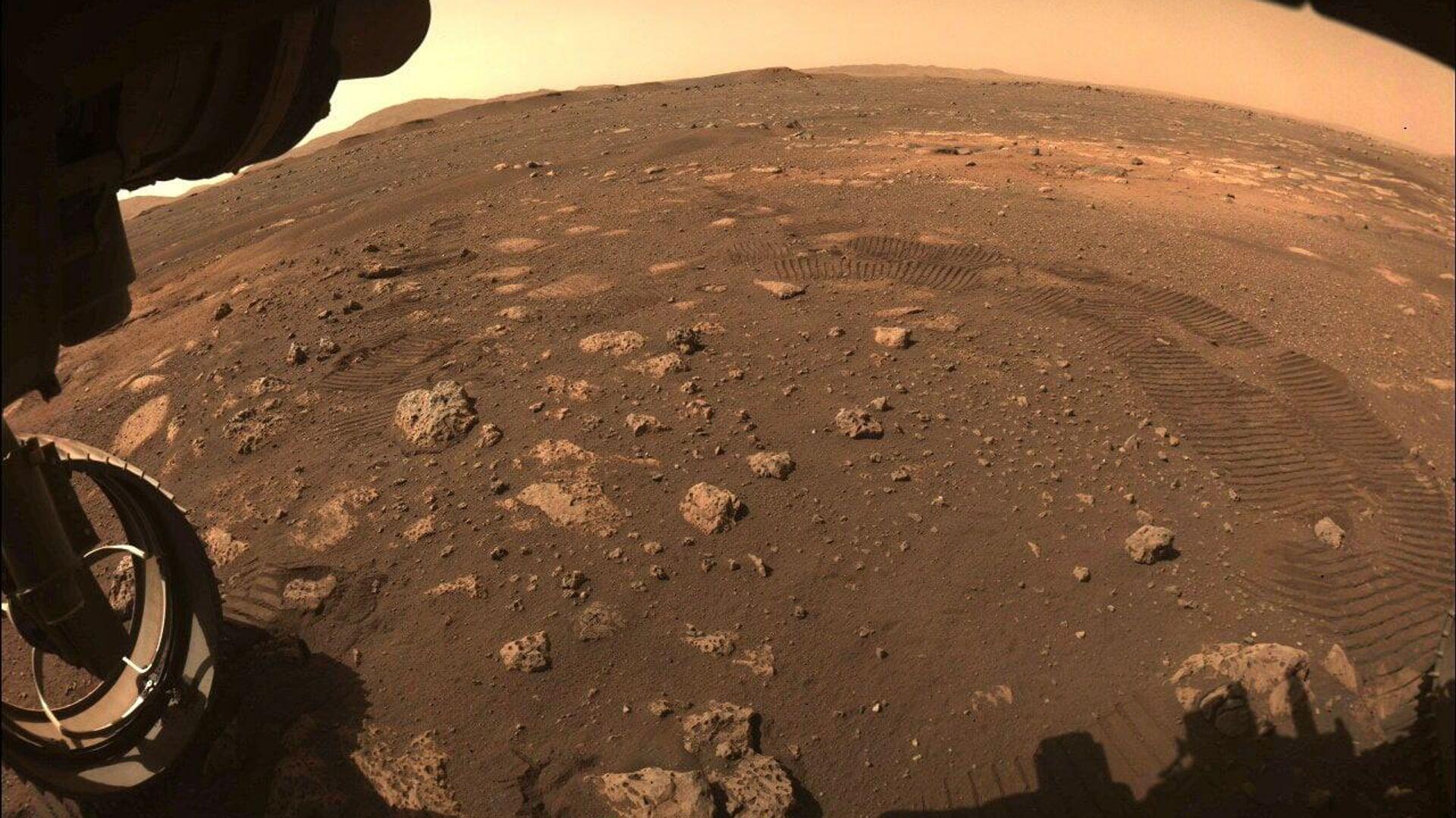 Снимок Марса, сделанный марсоходом Perseverance - РИА Новости, 1920, 06.03.2021