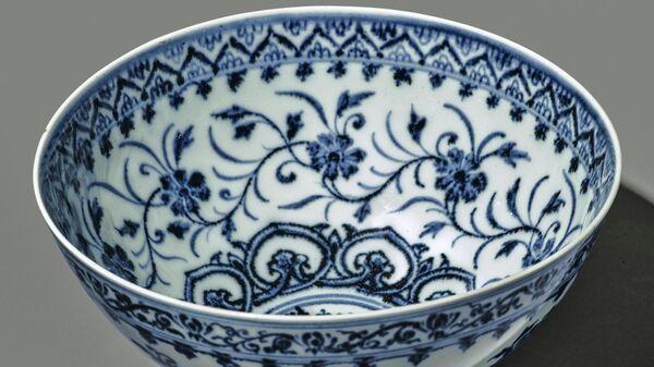 Керамическая чаша эпохи династии Мин