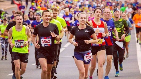Участники  Винного марафона в Анапе